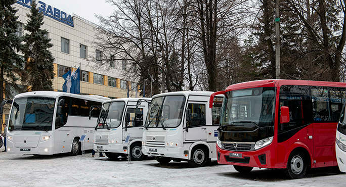 В августе рынок новых автобусов в России сократился на 30%
