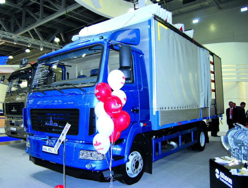 Впервые на МАЗе установили шины размерности 245/70R19.5