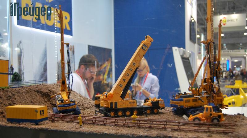 Спецтехника в миниатюре на выставке Bauma