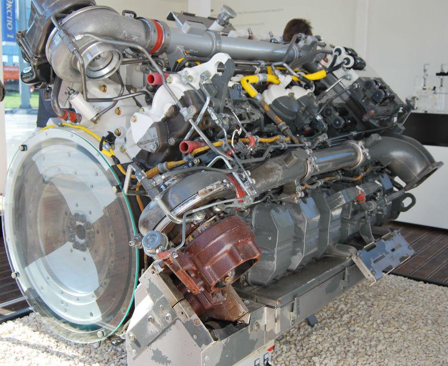 Двигатель liebherr