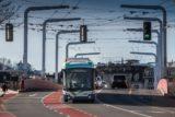 Электробус на городском маршруте
