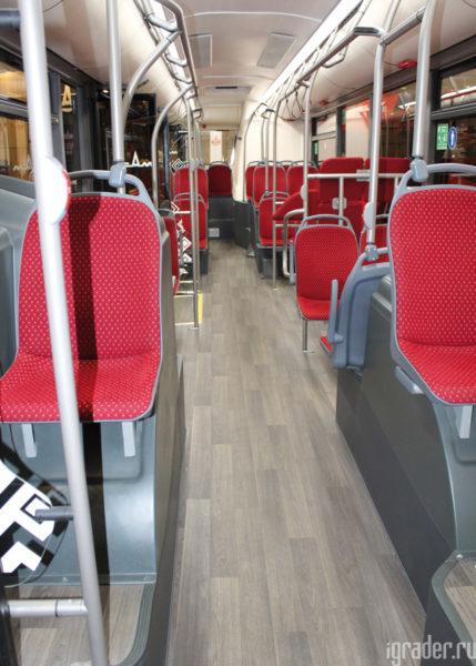 Городской автобус МАЗ-303