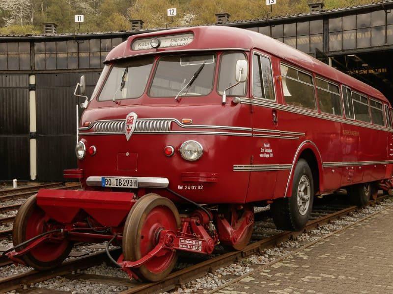 Рельсовый автобус «Ши-стра