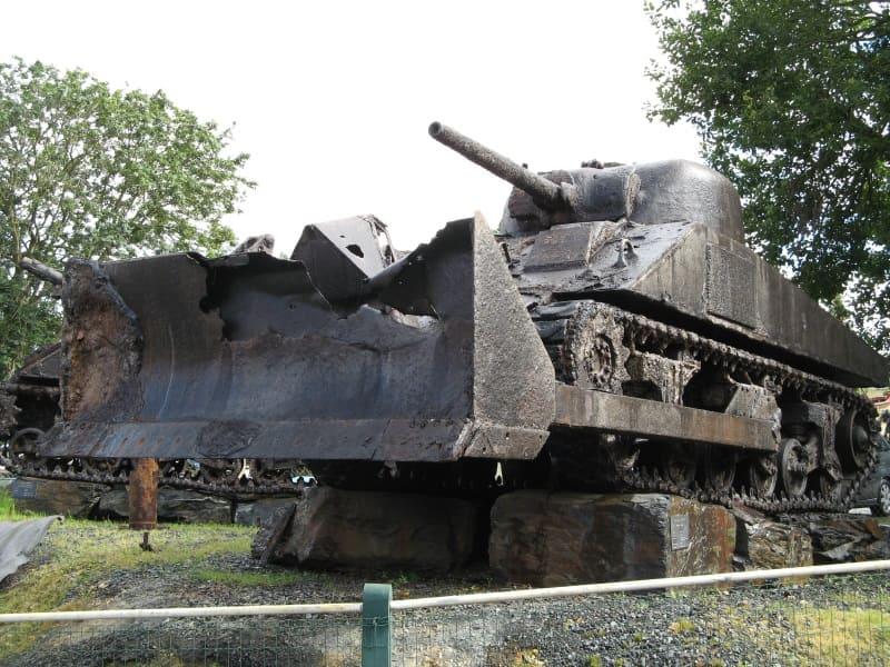 "танк M4 ""Шерман"""