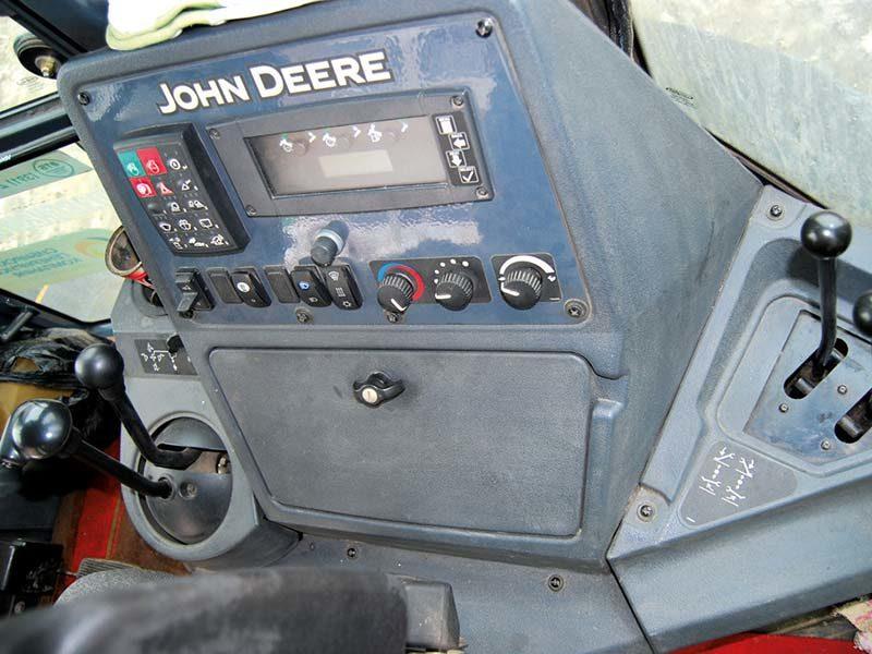 управление обратной лопатой John deere 315SK