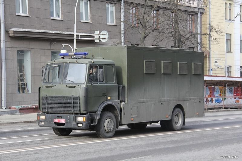 """Автозак """"Купава-573150""""  или вагончик осознания любви к президенту"""