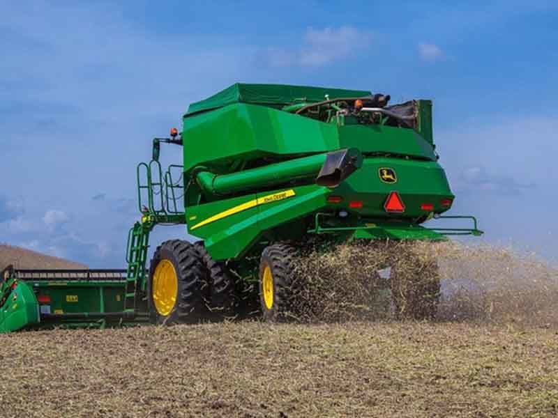 John Deere представила новый зерноуборочный комбай