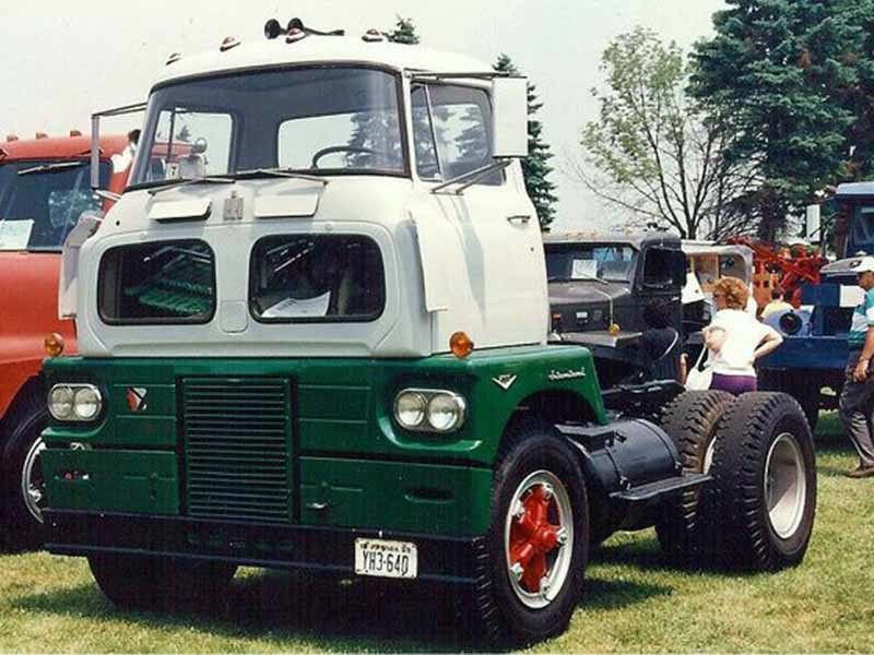 "International Harvester Sightliner ACO 1960: грузовик из фильма ""Живая Сталь"""