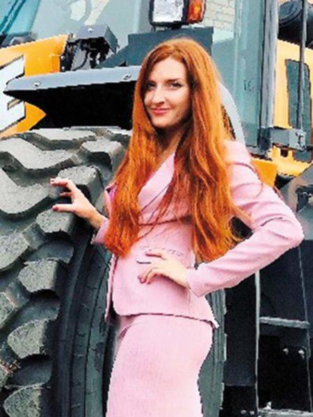 Ольга Бычёнок, менеджер по продукту CNH Industrial (строительная техника)
