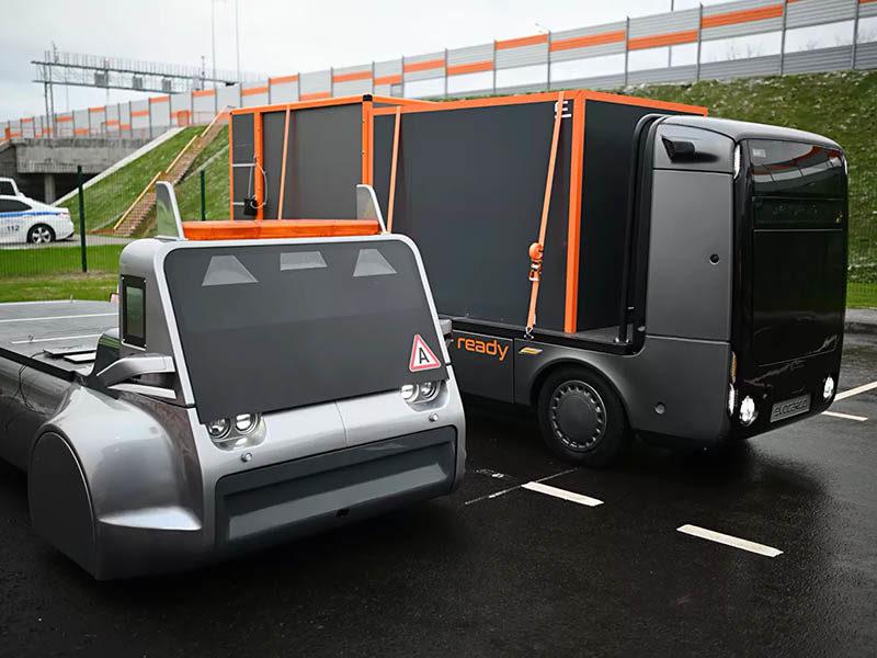 На ЦКАД-3 обкатали первый российский автономный грузовик: о событии и планах разработчиков