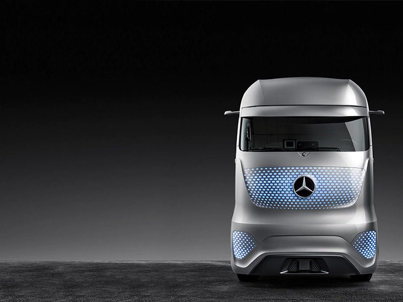 Mercedes Future Truck 2025 — концепт грузовиков будущего с системой автопилота