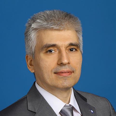 Эдуард Христианов, первый заместитель председателя правления ПАО «РосДорБанк»