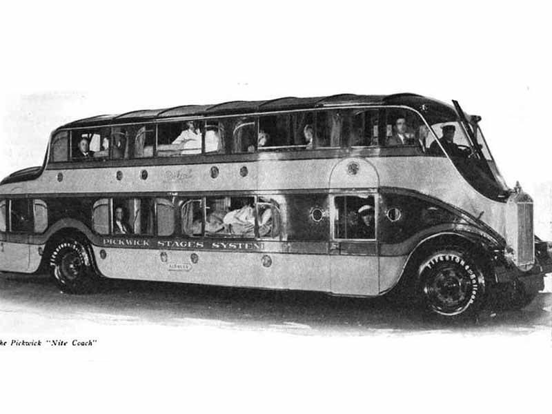 Автобус - гостиница на колёсах Pickwick Nite Coach 1928 года: тут могут одновременно спать 26 человек, но 27-му лучше не отвлекаться от дороги