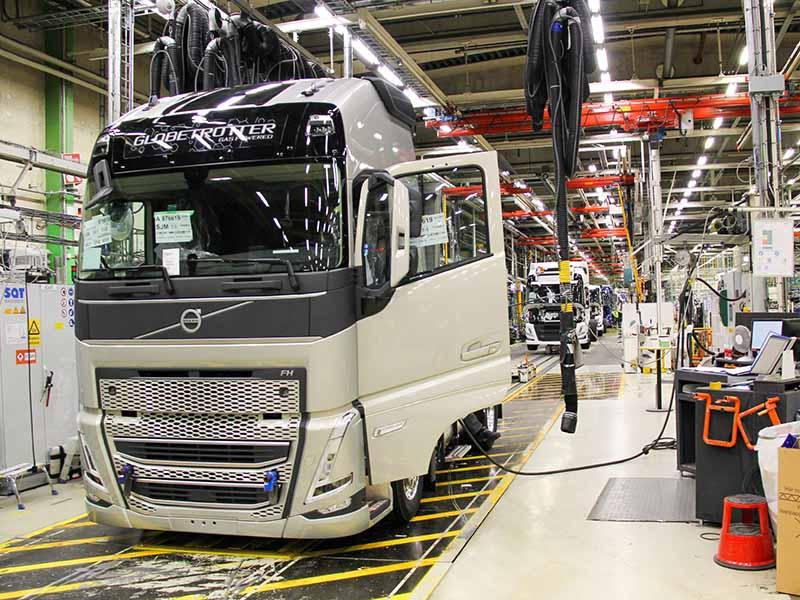 Новое поколение грузовиков Volvo поступило в серийное производство