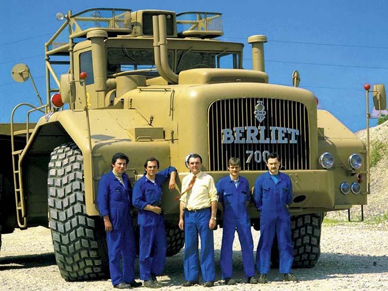 ретро грузовики berliet t100 большие грузовики мира Berliet T100: Гигантский ретро-грузовик времен французской оккупации Африки