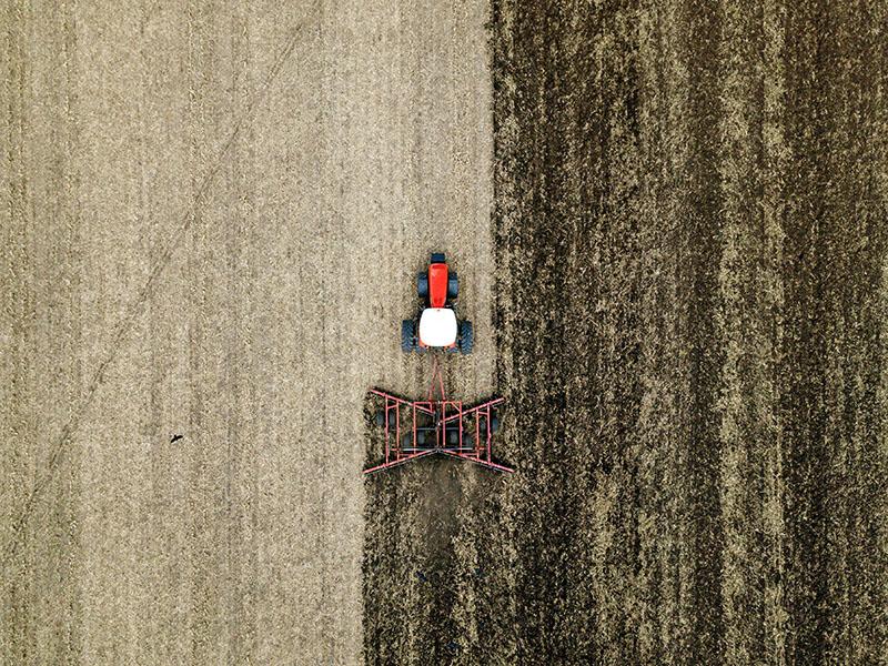 Группа «Ростсельмаш» представила челябинским аграриям новую модель косилки